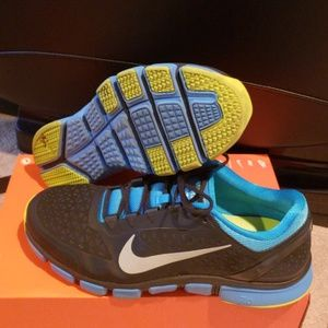 Nike free trainer 7.0 preowned